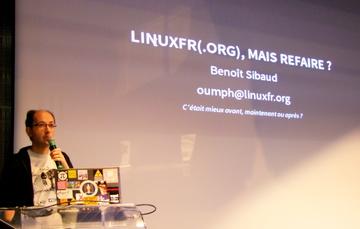 Benoît Sibaud devant le premier slide